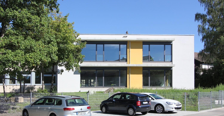 Hilzingen-Schule-Ansicht-Sueden