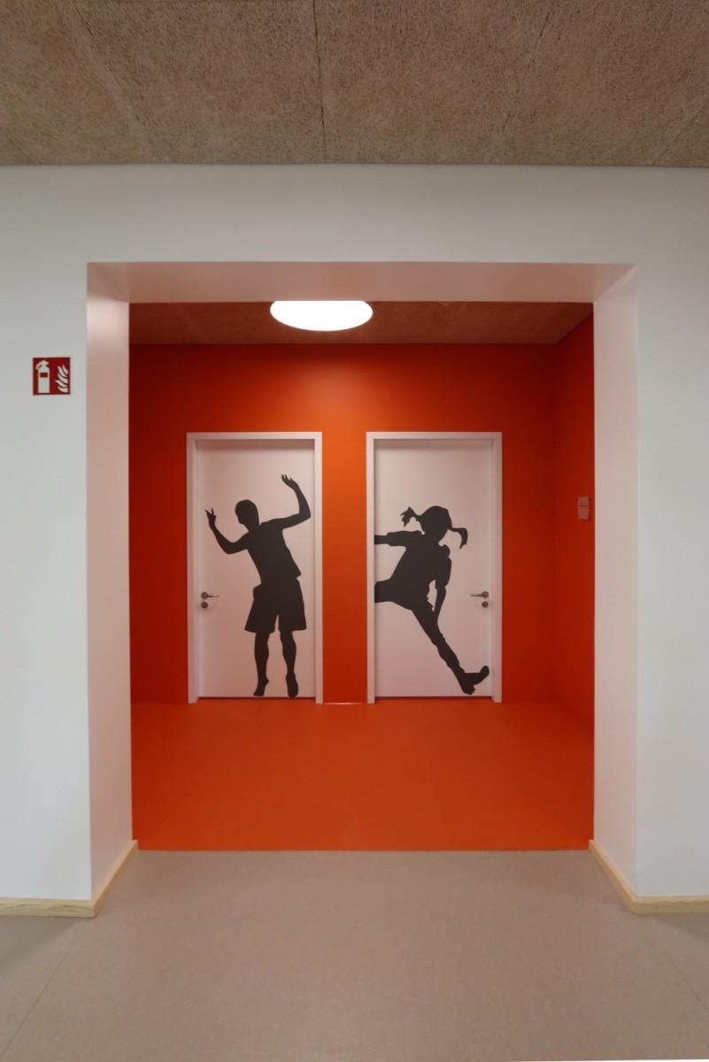 Hilzingen-Schule-WC-Vorraum